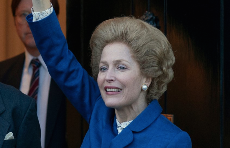 Gillian Anderson nei panni di Margaret Thatcher