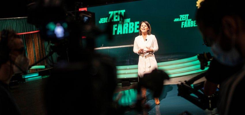 La presidente federale dei Verdi Annalena Baerbock alla congresso digitale del partito