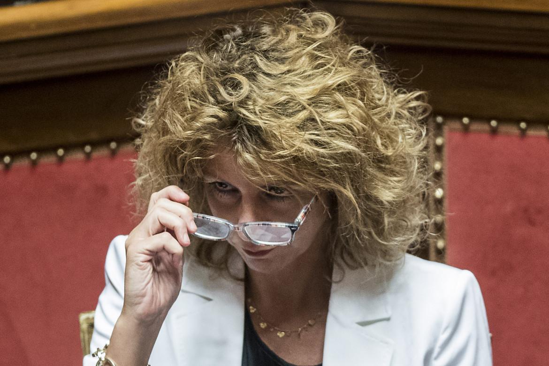 La senatrice Barbara Lezzi, esponente dell'ala 5S fino all'ultimo contraria al via libera alla riforma del Mes