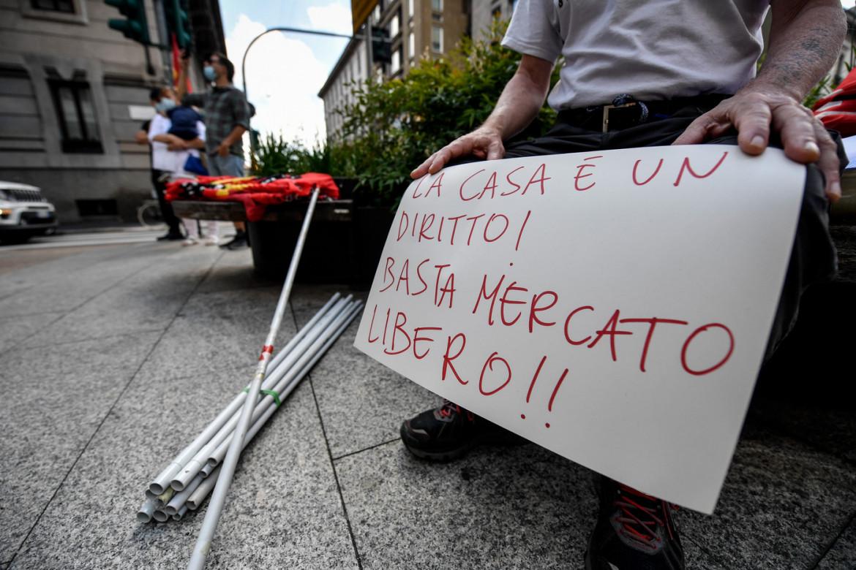 Manifestazione contro gli sfratti