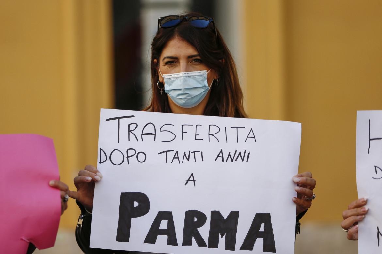 Una lavoratrice Venchi durante la protesta al Campidoglio del 17 novembre scorso