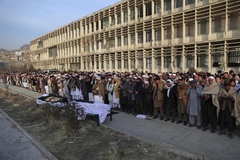 I funerali di Mohammad Yousuf Rashid, il direttore esecutivo della rete Fefa, Free and Fair Election Forum of Afghanistan, a Kabul