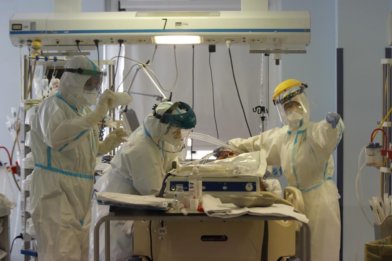 Una terapia intensiva per pazienti Covid-19