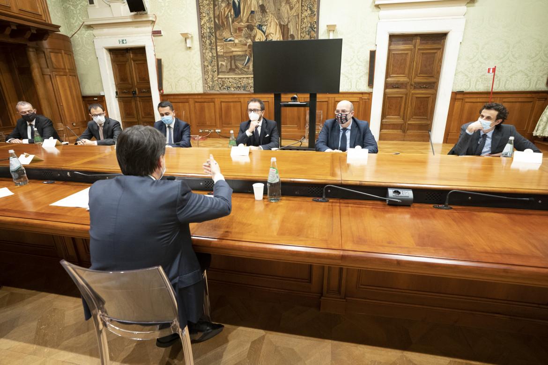 L'incontro tra Conte e la delegazione del Pd