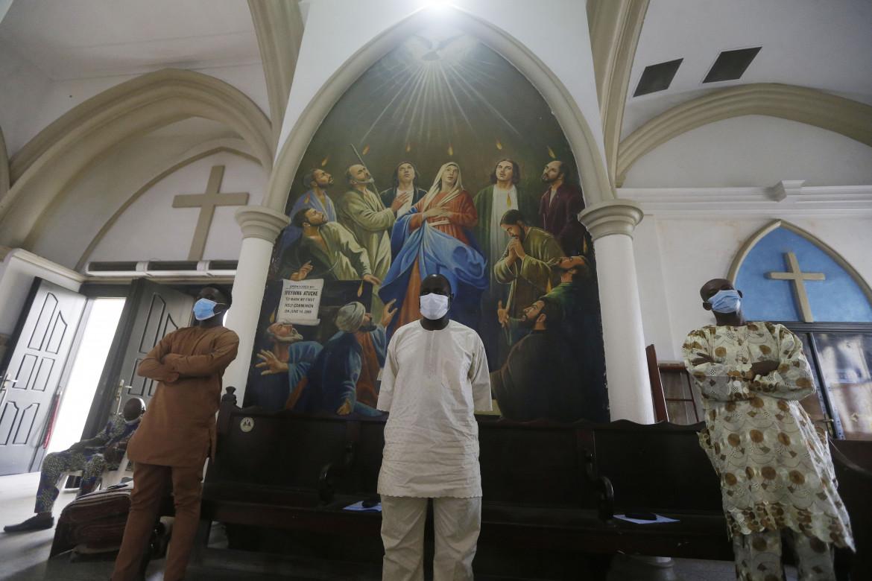 Messa di Natale nella cattedrale di Santa Croce a Lagos
