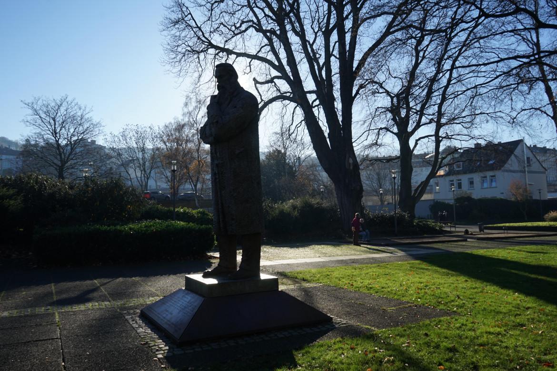 Monumento a Engels, Wuppertal. Questa e le altre foto presenti nel pezzo sono state scattate da Dario Bellini