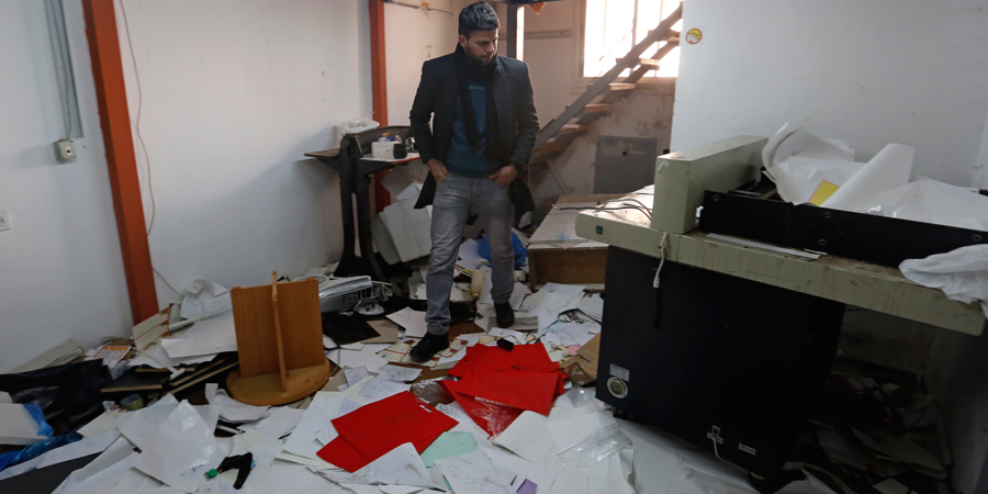 Ramallah. Dopo un raid di soldati israeliani in una casa editrice