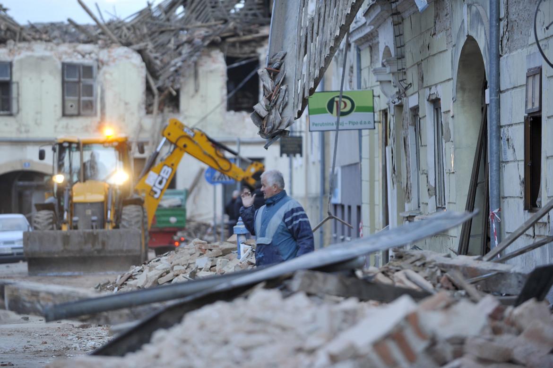 Macerie dopo il sisma in Croazia
