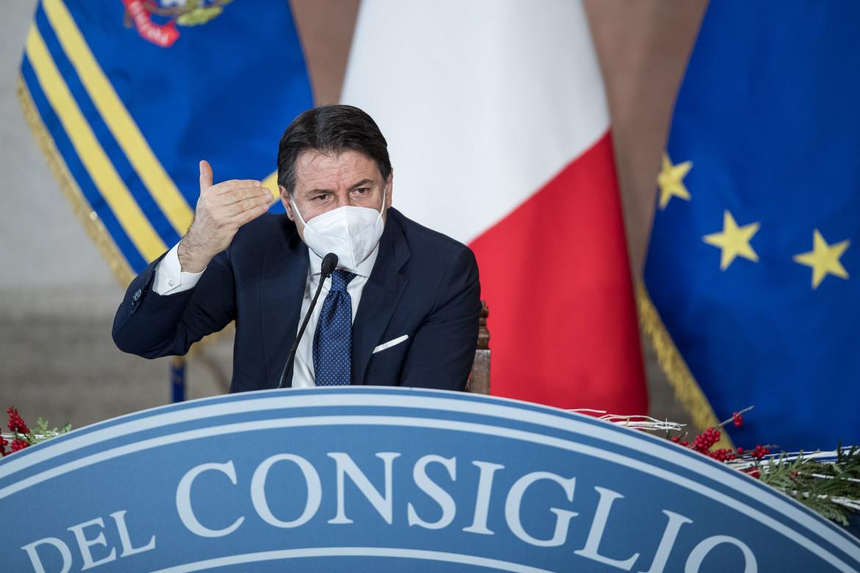 Il premier Conte alla conferenza stampa di fine anno