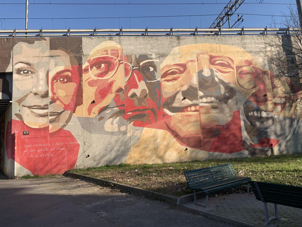 Muro dedicato ai cantanti nel quartiere dell'Ortica. Street art firmata da Orticanoodles