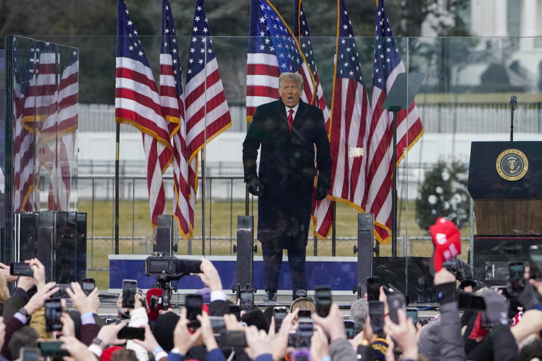 Donald Trump incita i suoi sostenitori poco prima dell'assalto al Congresso, il 6 gennaio scorso
