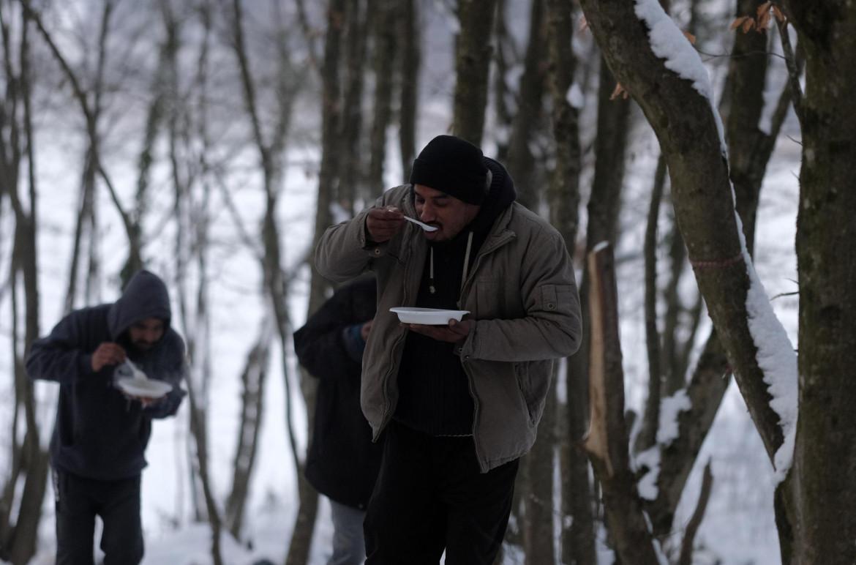 Migranti nei boschi in Bosnia