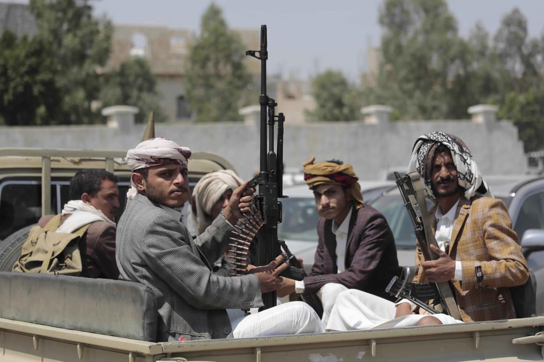 Combattenti Houthi a Sana'a