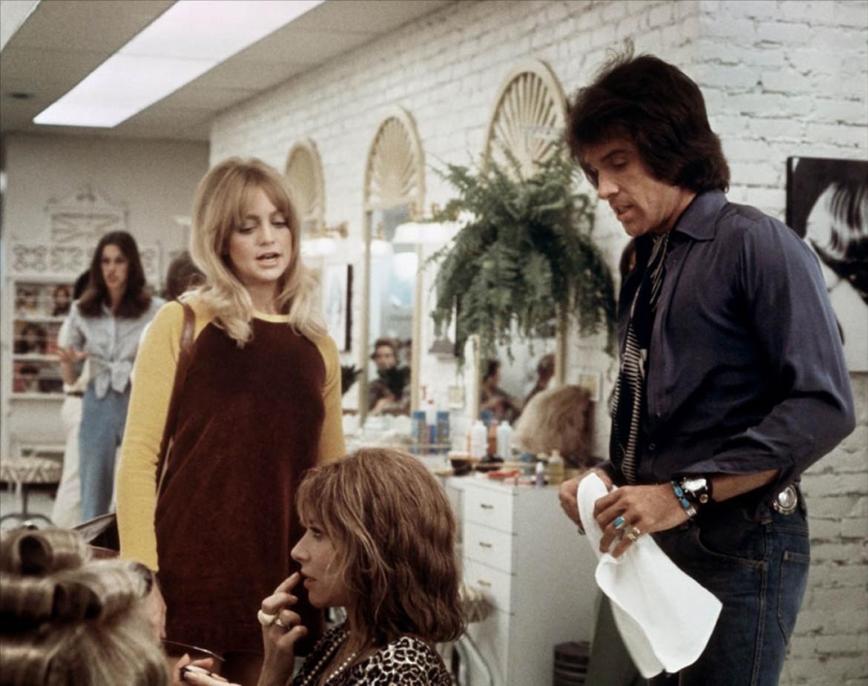 Warren Beatty e Goldie Hawn in una scena di Shampoo  diretto da Hal Ashby (1975).