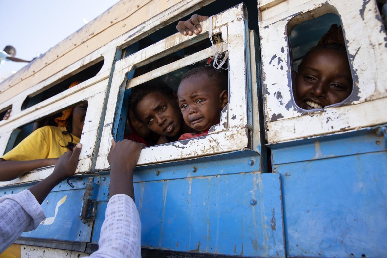 Profughi tigrini in cerca di salvezza oltre il confine sudanese
