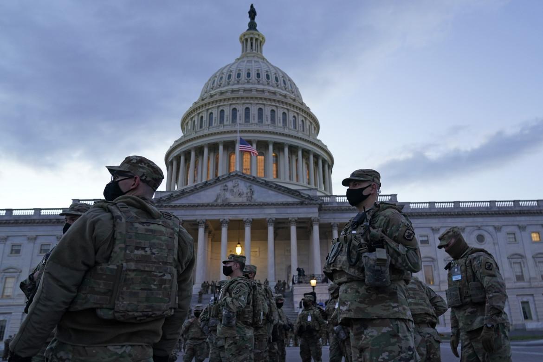Campidoglio fortificato in attesa dell'inaugurazione di Biden