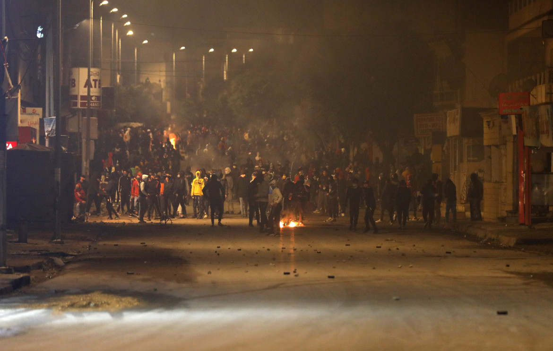 19 gennaio 2021, la protesta notturna a Ibn Khaldoun City, vicino Tunisi