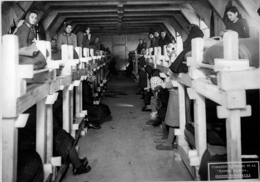 La baracca delle donne nel campo di Arbe