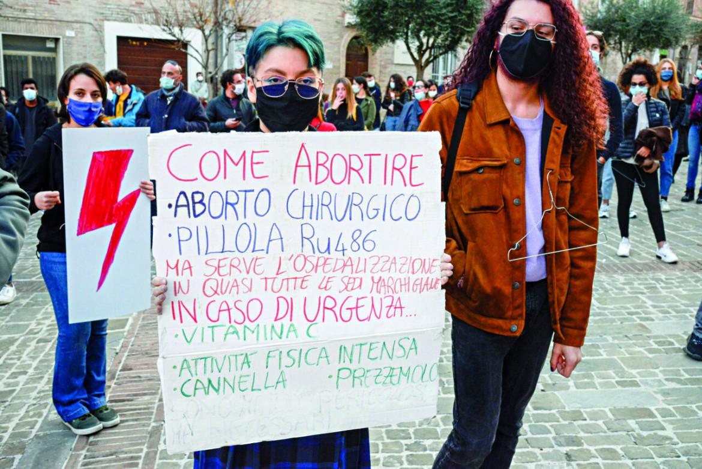 Manifestazione per il diritto alla scelta