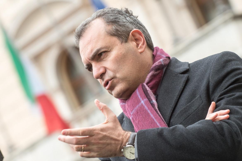 L'attuale sindaco di Napoli e ora candidato alla Regione Calabria Luigi De Magistris