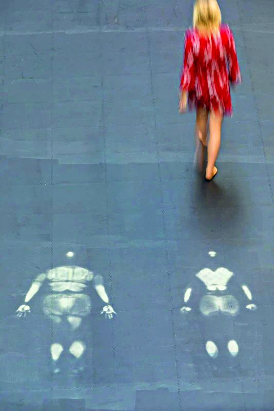 Tania Bruguera, «10,144,083», Tate Modern, Londra