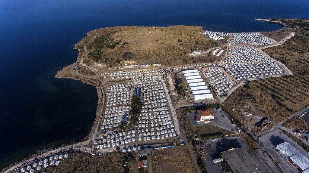 Il nuovo campo profughi di Lesbo subito dopo la costruzione