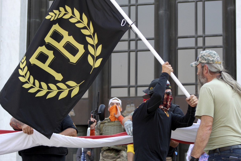 Membri della milizia di estrema destra Proud Boys