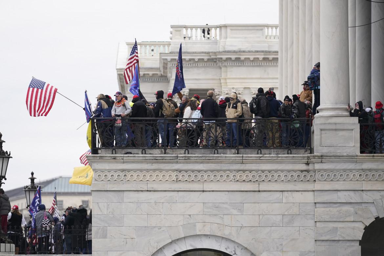 Manifestanti pro-Trump a Capitol Hill