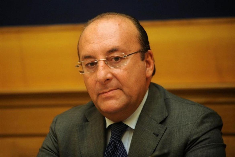 Il senatore Luigi Vitali