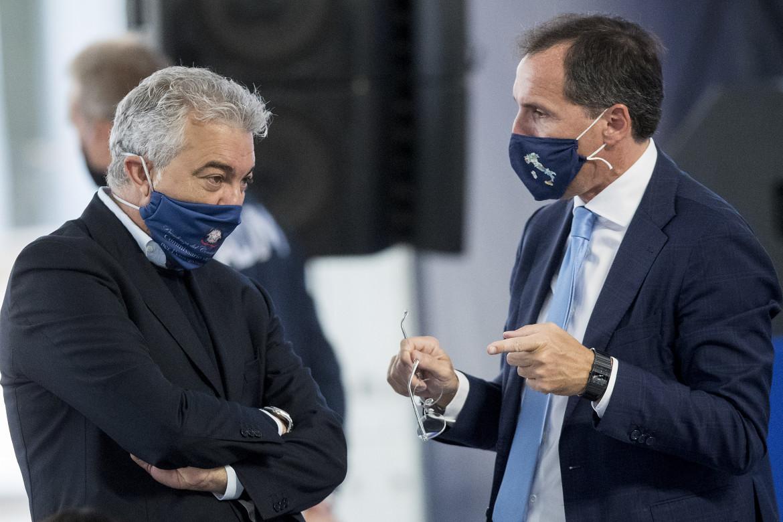 Il commissario all'emergenza Covid Domenico Arcuri e il ministro Francesco Boccia