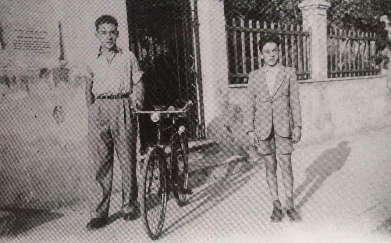 Piero Terracina da bambino con il fratello