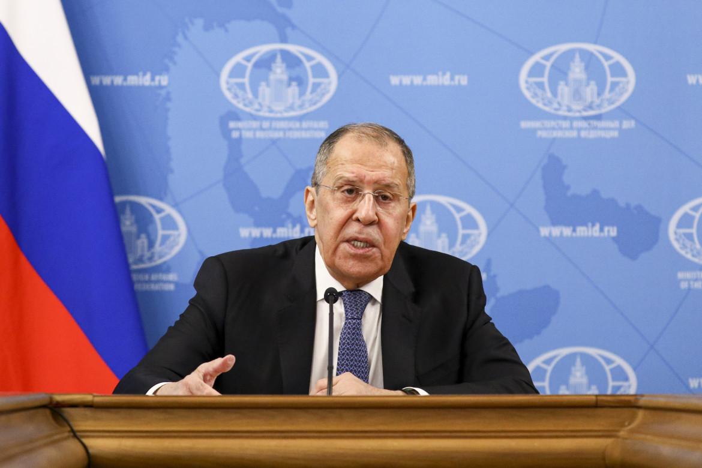 Il ministro degli esteri russo Lavrov