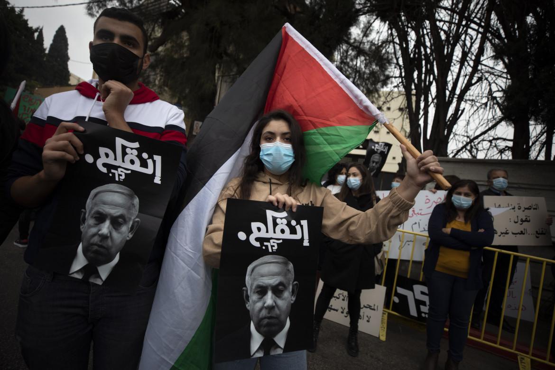 Israele, protesta araba