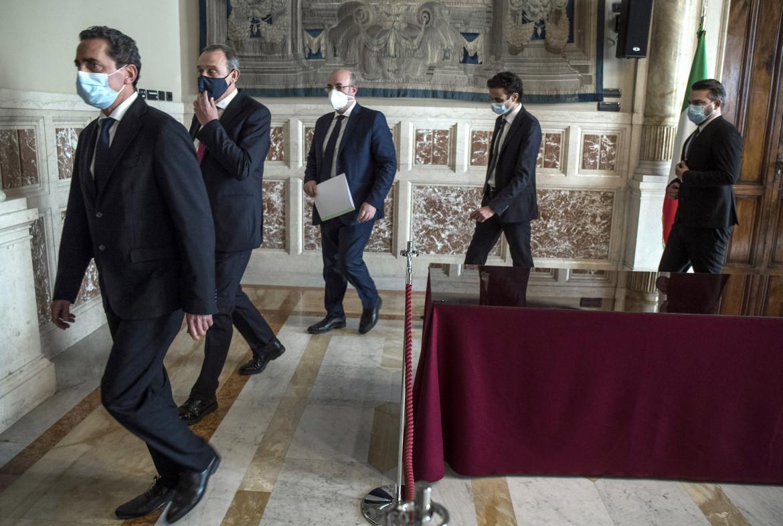 La delegazione del M5S da Draghi