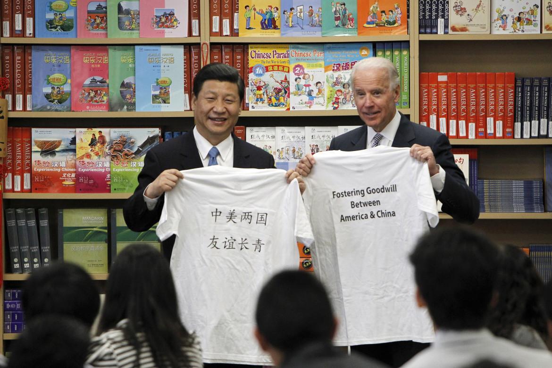 Nel 2012 Biden e Xi, entrambi vice presidente di Usa e Cina, si incontrarono a Pechino