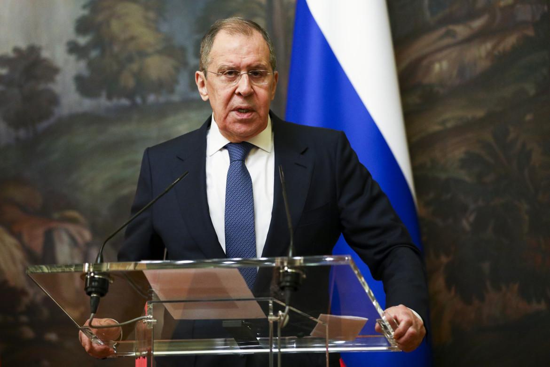 Il ministro degli esteri russo Lavrov durante una conferenza stampa a Mosca