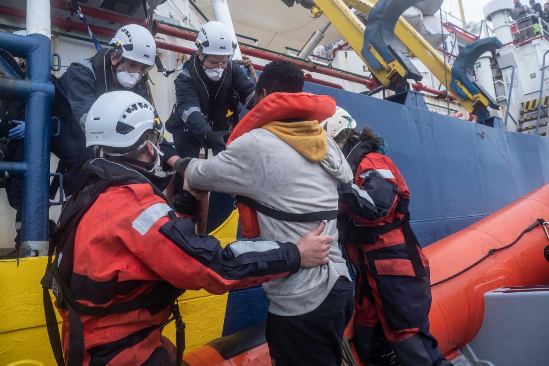 Uno dei soccorsi della Sea-Watch 3