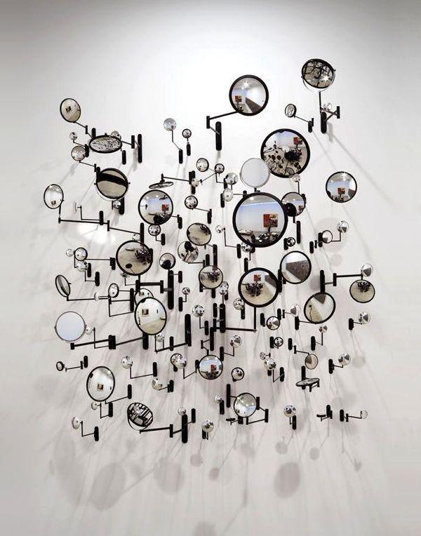 Installazione di Graham Caldwell