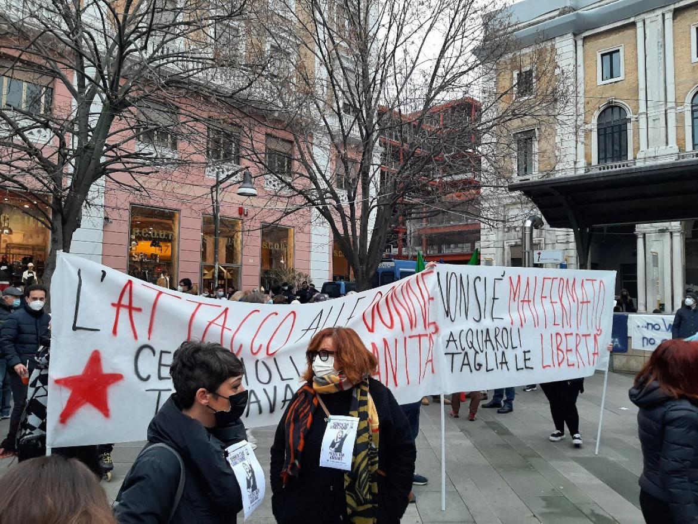 Ancona, manifestazione delle donne