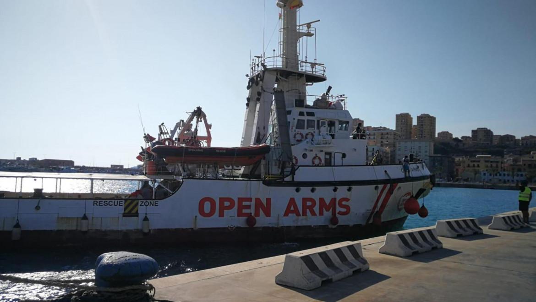 La nave Open Arms a Porto Empedocle