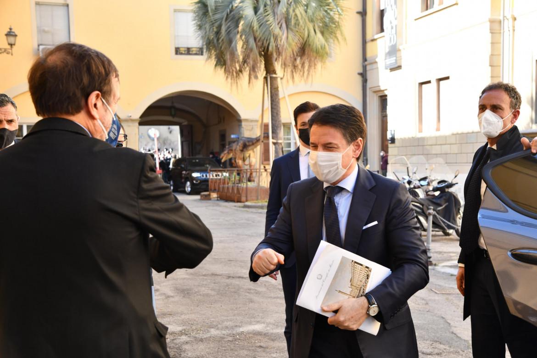 Conte saluta il rettore dell'Università di Firenze