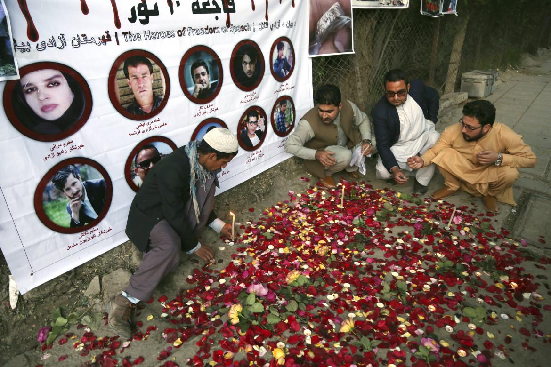 La commemorazione di tre giornalisti afghani uccisi a Kabul nel 2018 in un attentato suicida