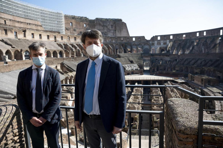 Dario Franceschini con il nuovo direttore di Pompei, Gabriel Zuchtriegel