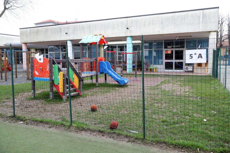 L'asilo Munari di Ospiate, frazione di Bollate, chiusa a causa di un focolaio della variante inglese