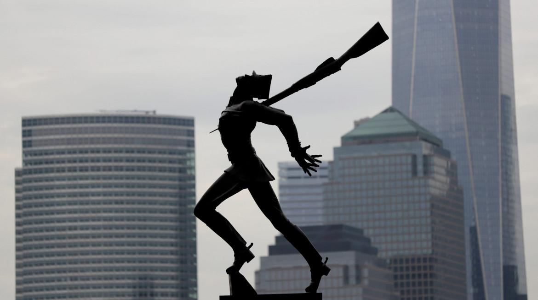 Il «Katyn Memorial» di Jersey City, opera dell'artista Andrzej Pitynski