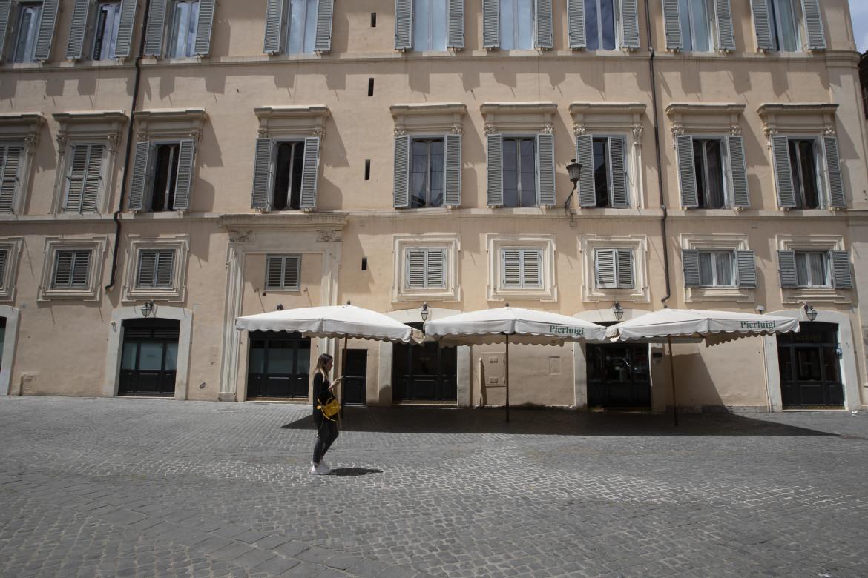 Un bar chiuso a Roma