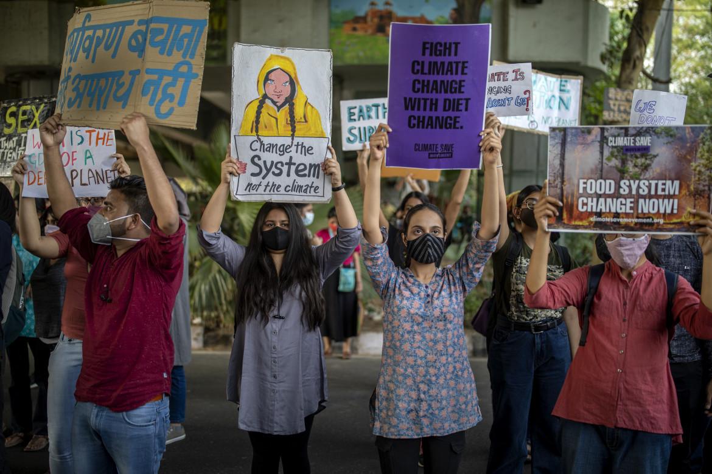 Manifestazione contro l'emergenza climatica in India