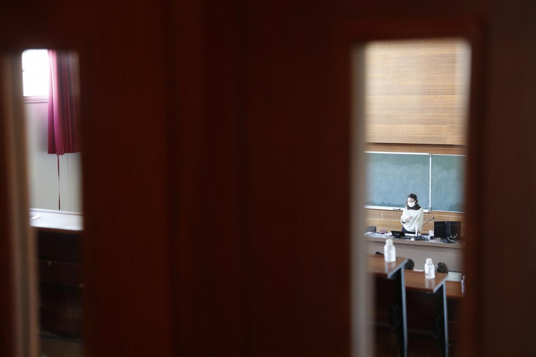 Particolare di un'aula dell'università di Strasburgo foto Ap