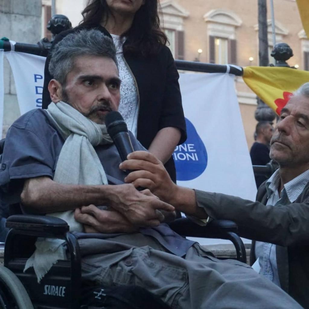 Walter De Benedetto, malato di artrite reumatoide, sotto processo per coltivazione di cannabis terapeutica