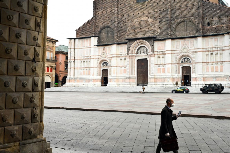 Bologna verso la zona rossa